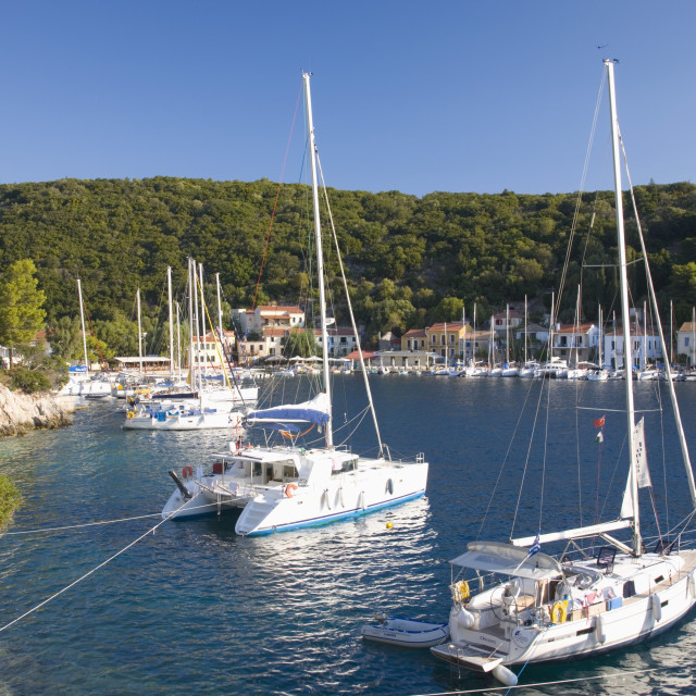 """""""Yachts at anchor in the pretty harbour, Kioni, Ithaca (Ithaki), Ionian..."""" stock image"""