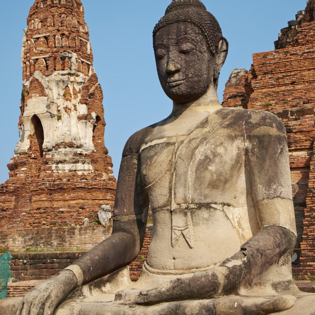 """Buddha statue, Wat Mahatat, Ayutthaya Historical Park, UNESCO World Heritage..."" stock image"