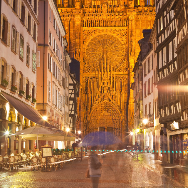 """""""Rain soaked streets in front of Strasbourg cathedral, Strasbourg, Bas-Rhin,..."""" stock image"""