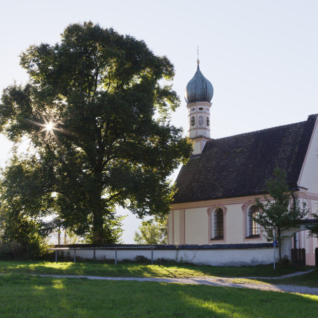 """Ramsachkirche church at Murnauer Moos Moor, Murnau am Staffelsee, Upper..."" stock image"