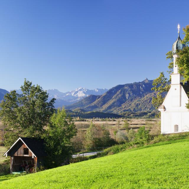 """Ramsachkircherl Church, Murnauer Moos Moor, Murnau am Staffelsee, Upper..."" stock image"