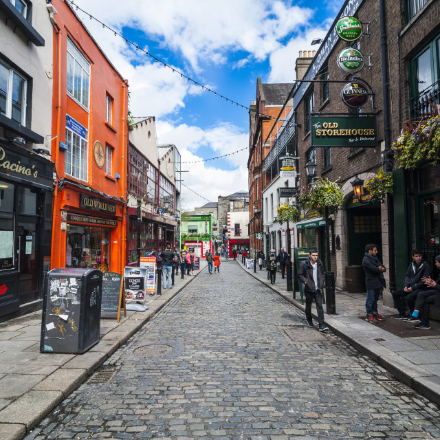 """Hip shops in Temple Street pedestrian zone, Dublin, Republic of Ireland, Europe"" stock image"