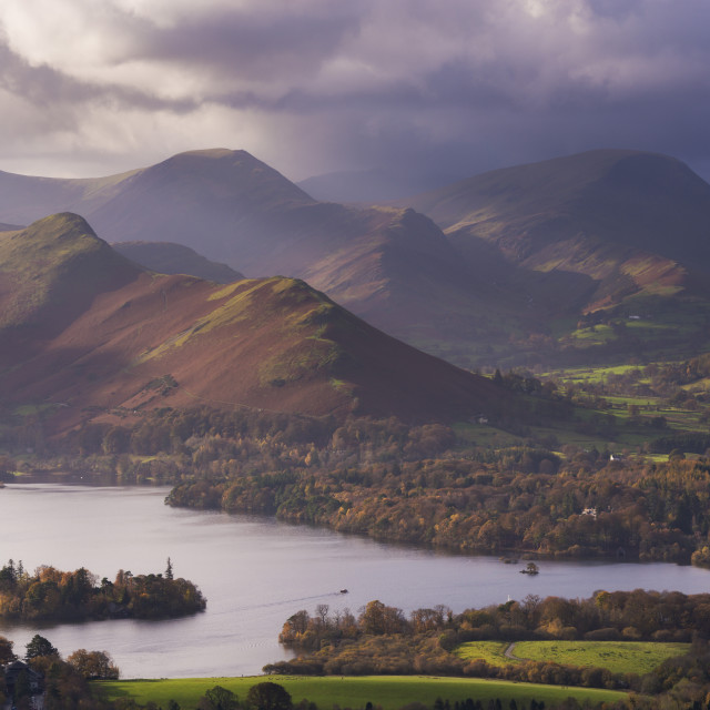 """""""Moody skies above Derwent Water and the Newlands Valley in autumn, Lake..."""" stock image"""