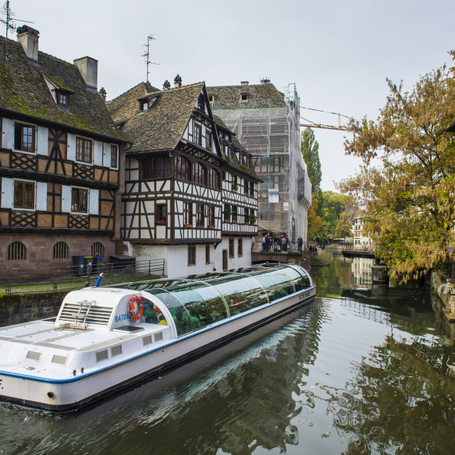 """Tourist boats in the lock, the tanners' quarter, Petite France, Strasbourg,..."" stock image"