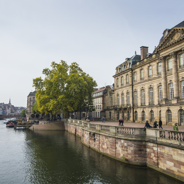 """""""Houses along the Ill River, Strasbourg, Alsace, France, Europe"""" stock image"""