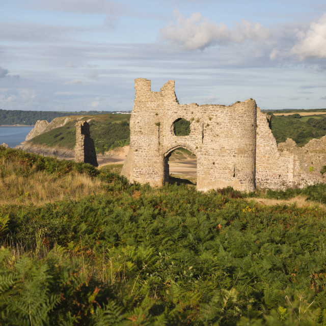 """""""Pennard Castle and Three Cliffs Bay, Gower Peninsula, Swansea, West..."""" stock image"""
