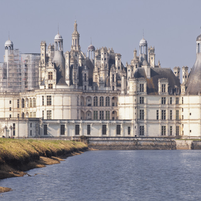 """The beautiful 16th century Chateau de Chambord across the waters of the canal..."" stock image"