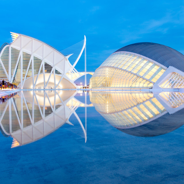 """Hemisferic and Principe Felipe Science Museum, architect Santiago Calatrava,..."" stock image"