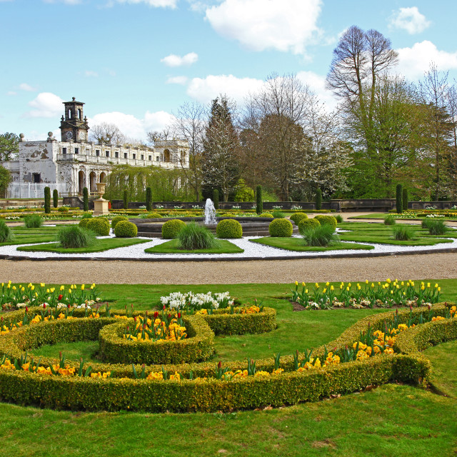 """Box hedging and parterre garden in the Italianate gardens at Tre"" stock image"