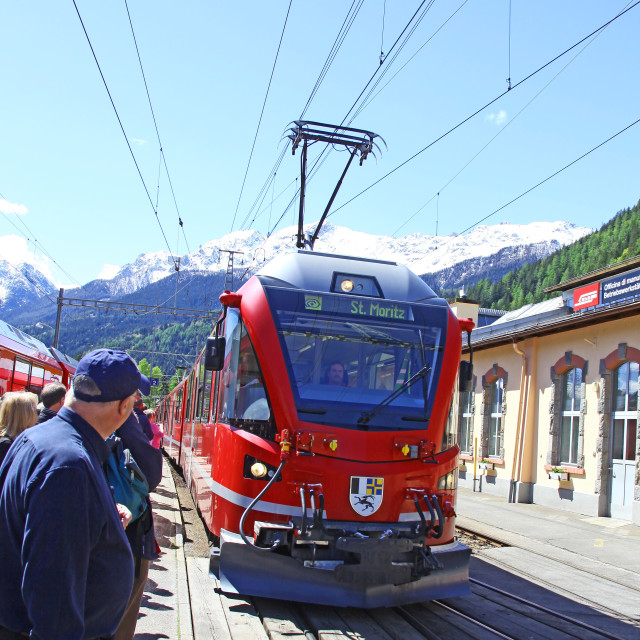 """The Bernina Express train to St Moritz arriving at Poschiavo, Sw"" stock image"