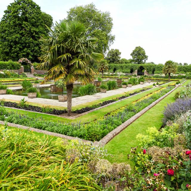 """The sunken garden at Kensington Palace Gardens Royal Park London"" stock image"