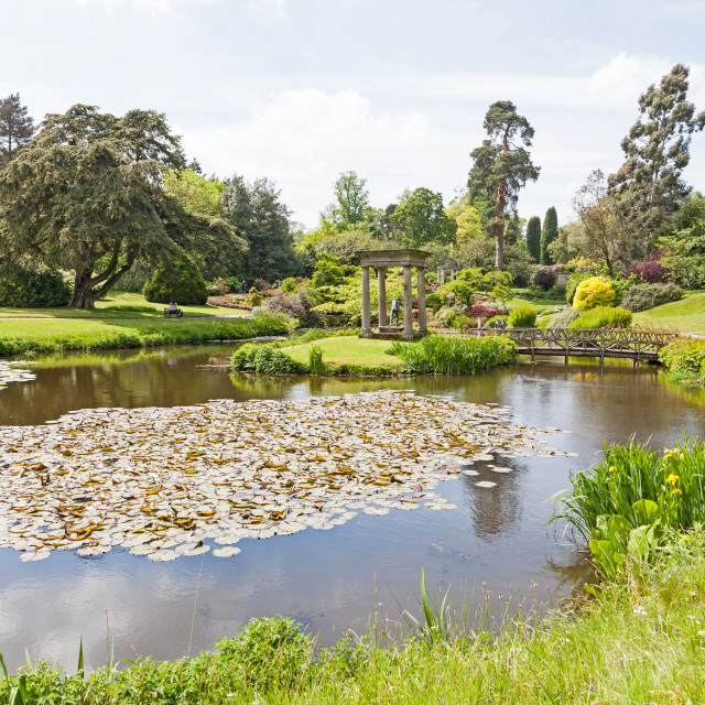 """The Temple and pool at Cholmondeley Castle country house Cholmon"" stock image"