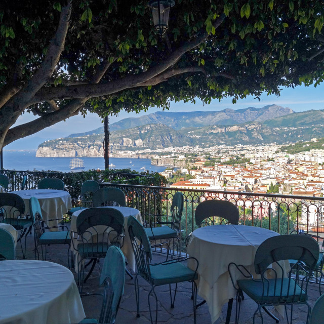 """sweeping view over the town of Sorrento towards the Bay of Napl"" stock image"
