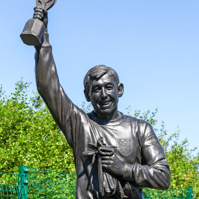 """Statue of World Cup winner goalkeeper Gordon Banks with the Jule"" stock image"