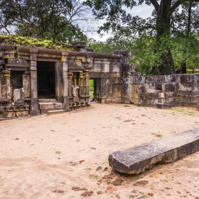 """Shiva Devale No 1, ruins of a Hindu Temple, Polonnaruwa, UNESCO World..."" stock image"