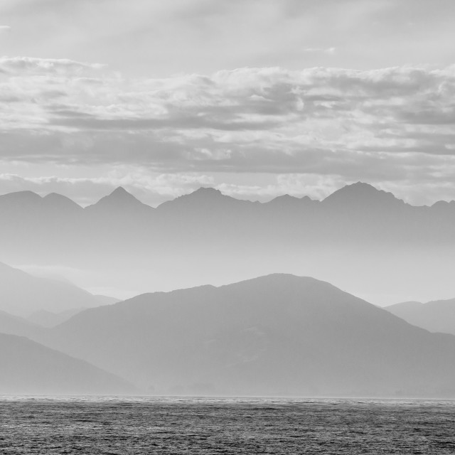 """""""The coastline of Kaikoura in black and white, South Island, New Zealand, Pacific"""" stock image"""