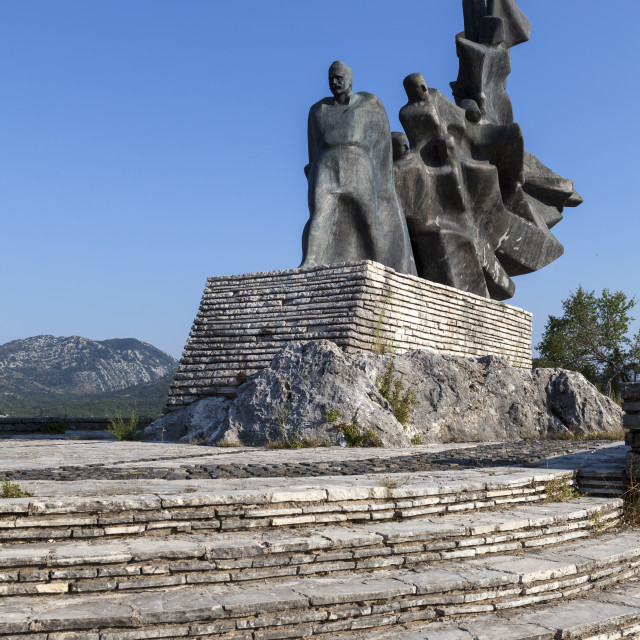 """Sculpture commemorating fallen soldiers at the Yugoslav Front, Memorial Park..."" stock image"