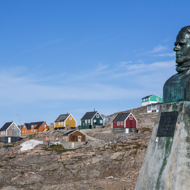 """Inuit village and Ejnar Mikkelsen statue, Ittoqqortoormiit, Scoresbysund,..."" stock image"