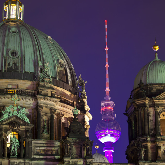 """""""Close-up of the Berliner Dom (Cathedral) with the Television Tower in the..."""" stock image"""