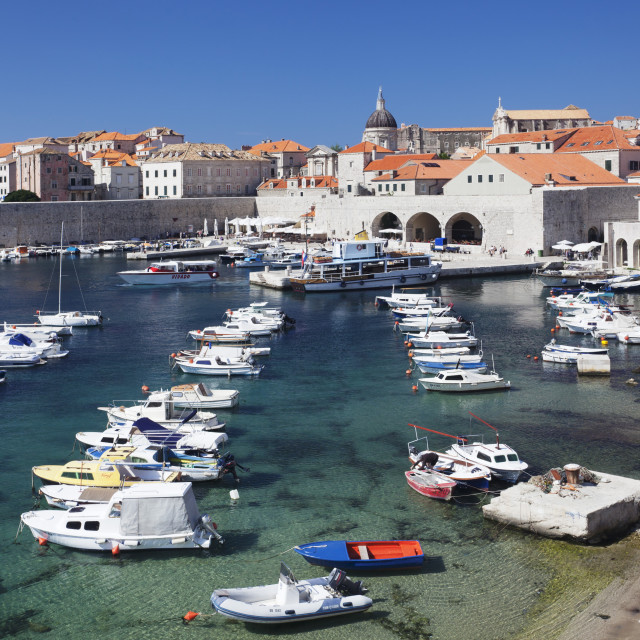"""Old harbour and old town, UNESCO World Heritage Site, Dubrovnik, Dalmatia,..."" stock image"