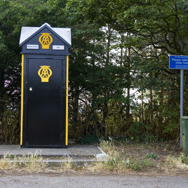 """""""AA phone box for Automobile Association motorists in Brancaster, Norfolk, UK"""" stock image"""