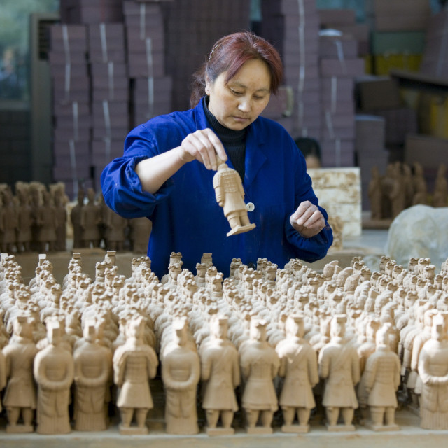 """""""Terracotta Warrior souvenirs being made in factory, Xian, China"""" stock image"""