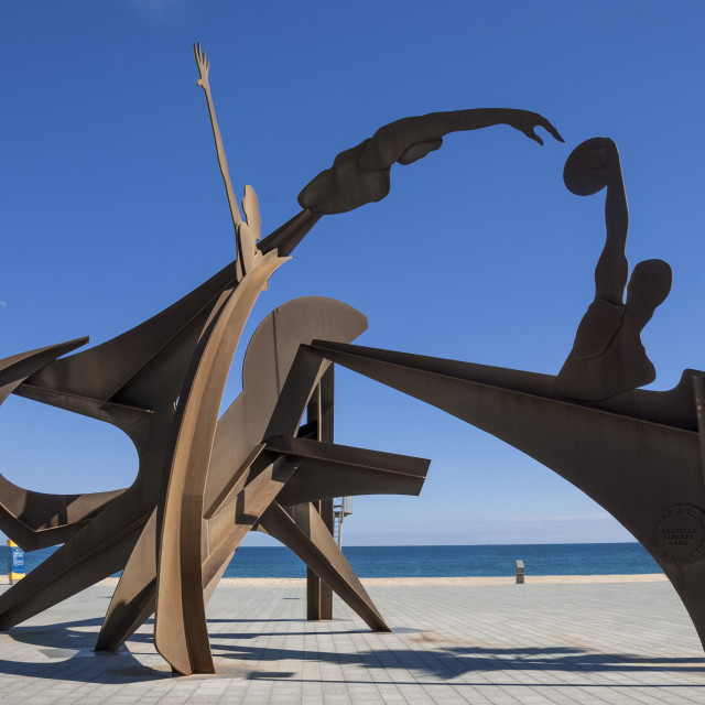 """Athletic metal sculpture by Alfredo Lanz on the promenade at Barceloneta,..."" stock image"