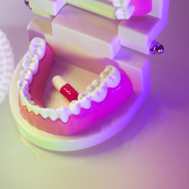 """""""Dental teeth dental pill"""" stock image"""