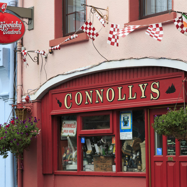 """Connollys Pub in Kinvara, County Galway, Connaught, Republic of Ireland,..."" stock image"