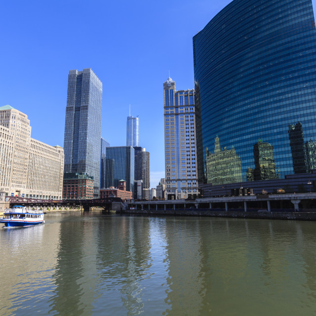 """Chicago River, The Merchandise Mart on the left and 333 Wacker Drive building..."" stock image"