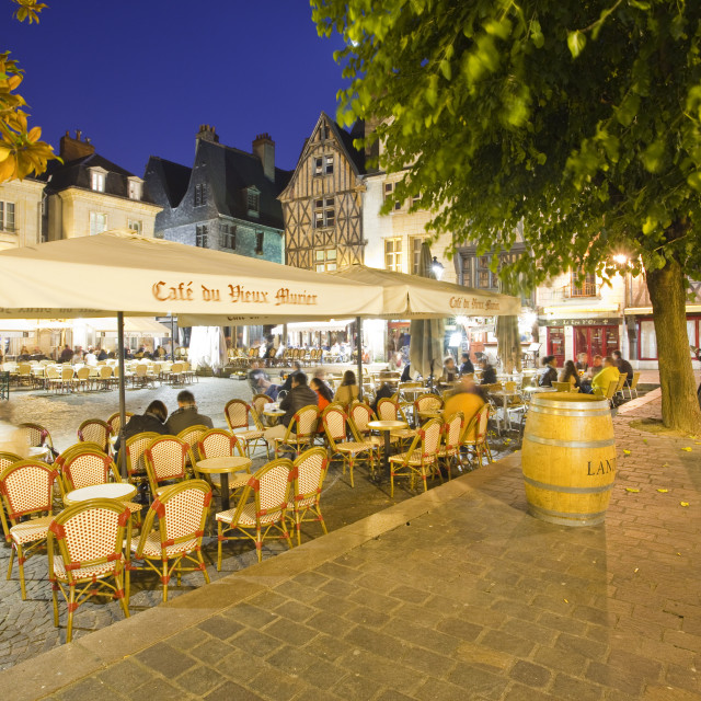 """""""People enjoying the various restaurants and bars in Place Plumereau in Vieux..."""" stock image"""