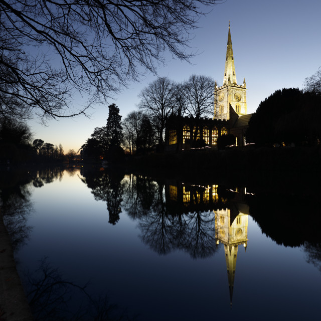 """Holy Trinity Church on the River Avon at dusk, Stratford-upon-Avon,..."" stock image"