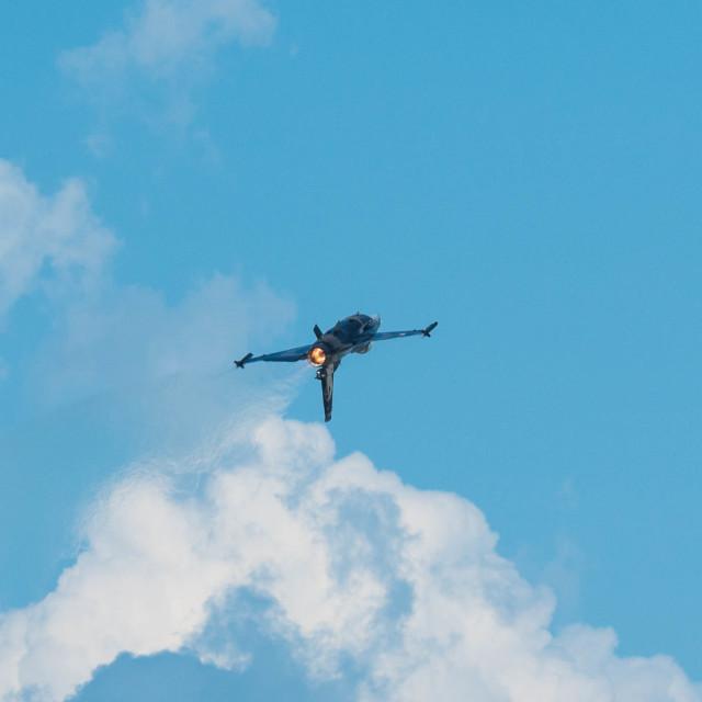 """F-16 flight 2"" stock image"