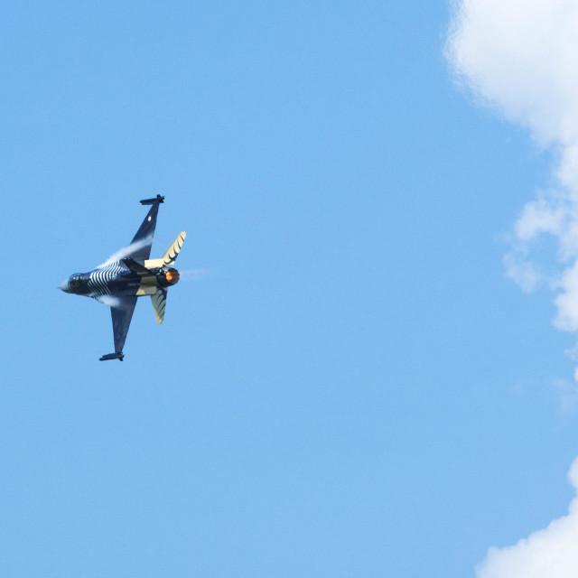"""F-16 speed flight"" stock image"