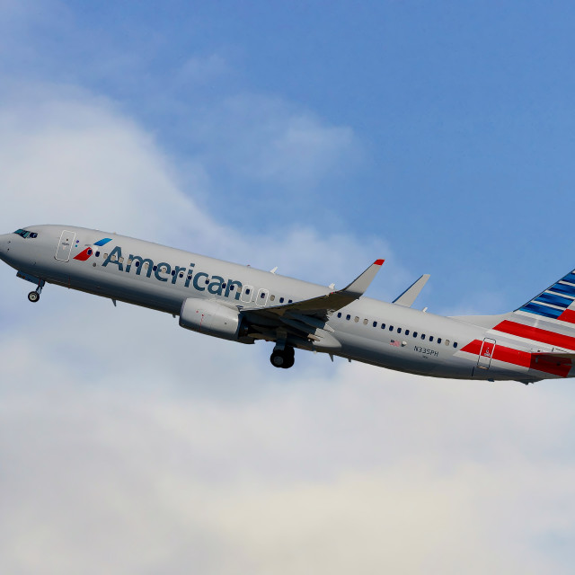 """""""American Airlines Boeing 737-823"""" stock image"""