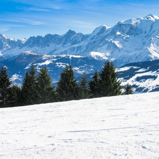 """""""Ski slope on Combloux ski resort with Mont Blanc in the distance, French Alps Haut Savoie, France"""" stock image"""