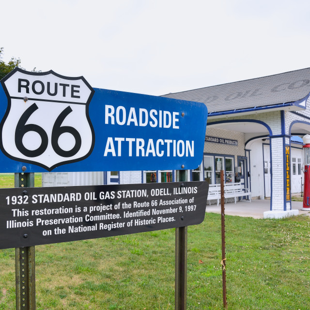 """Miller's Standard Oil gas station, on Route 66"" stock image"