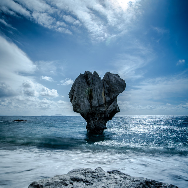 """""""Lonely rock sculpture at the shape of heart, Preveli, Crete, Greece"""" stock image"""