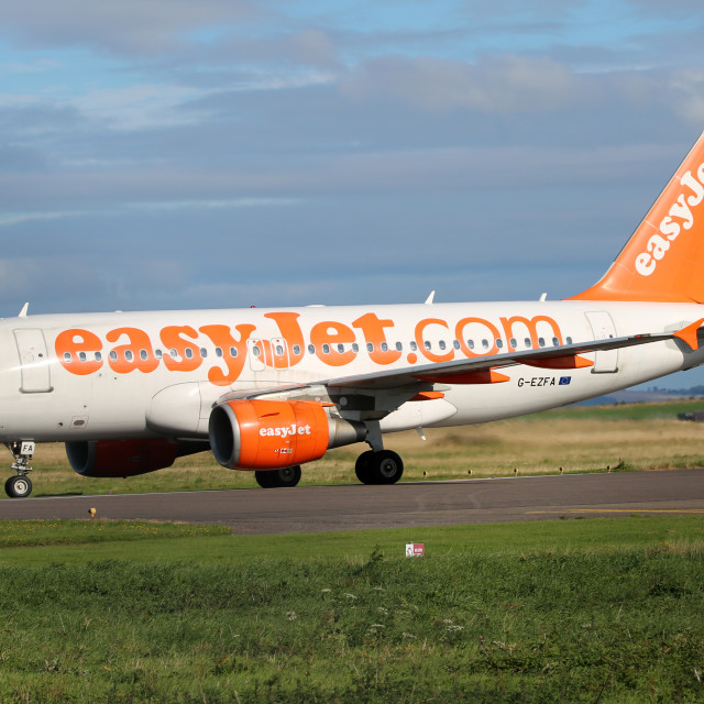 """""""Easyjet Airbus A319"""" stock image"""