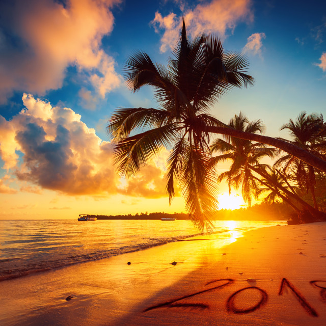 """""""Happy New Year 2018 concept, lettering on the beach. Sea sunrise"""" stock image"""