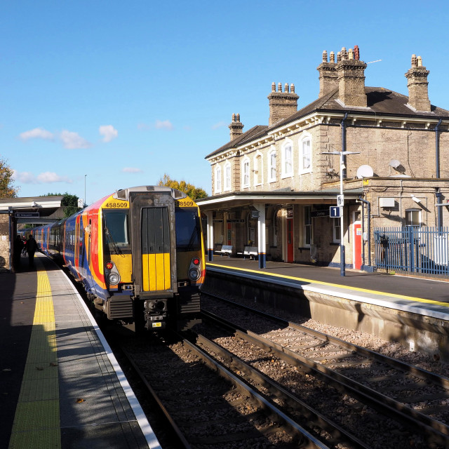 """Chertsey Station and class 458"" stock image"