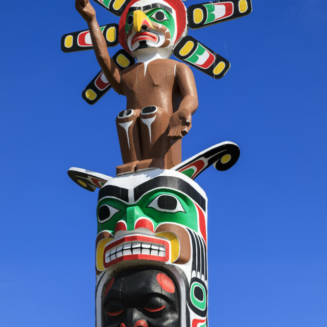 """Colourful First Nation Totem Pole, Namgis Burial Grounds, Alert Bay,..."" stock image"