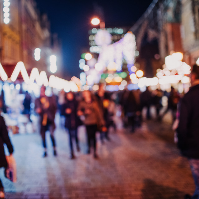"""""""people in the Christmas market buying gifts defocus"""" stock image"""