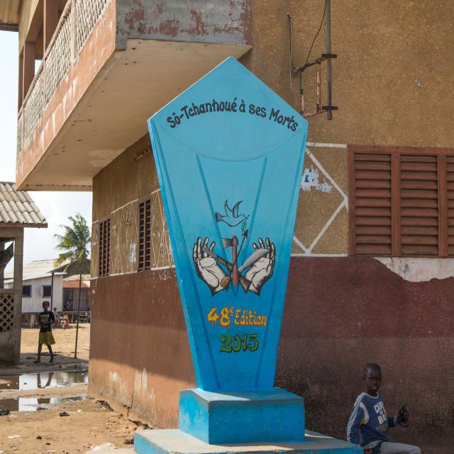 """""""Benin, West Africa, Ganvié, war memorial"""" stock image"""