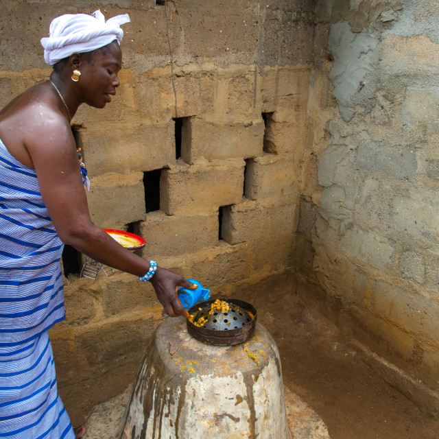 """""""Benin, West Africa, Bopa, miss hounyoga in the deity ogun temple for the..."""" stock image"""