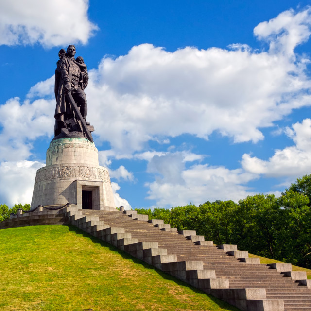 """Soviet soldier monument at Treptow park, Berlin, Germany"" stock image"