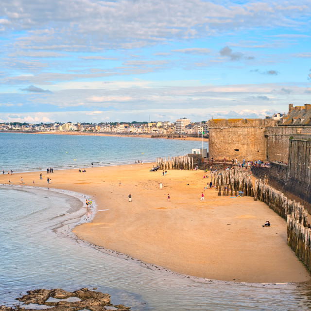 """""""Atlantic beach under the towers of city walls in St Malo, Brittany, France"""" stock image"""