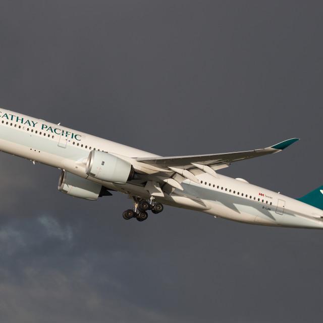 """4B9A0984 A350 B-LRN 171228 EGCC"" stock image"