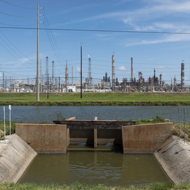 """""""View of an oil refinery in Southern Texas, United States; Concept for industial pollution, fossil fuel and global warming"""" stock image"""