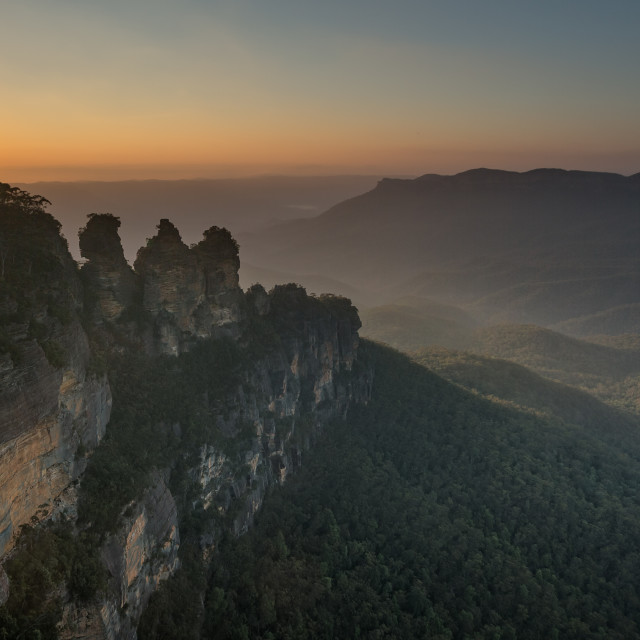 """Sunrise at the Blue Mountain Three Sisters (Echo Point)"" stock image"